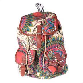 Vzorovaný dámsky batoh Kamil krémový