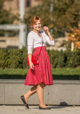 Červená sukně s pevným pasem Red s puntíky - 2