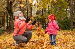 Detská jesenná móda: nevyhnutné hrejivé legíny