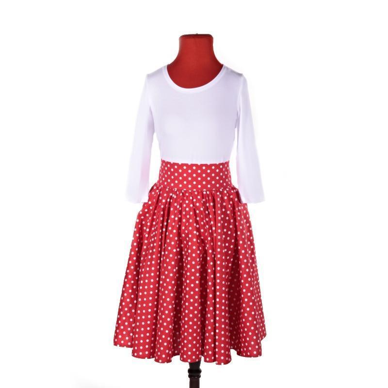 0a98dd935abe Ako teda bude vyzerať napríklad štýlová retro sukne   Charakteristický je  pevný pás s lemom širokým 9 cm a nechýba ani zapínanie na zips a dva  gombíky.
